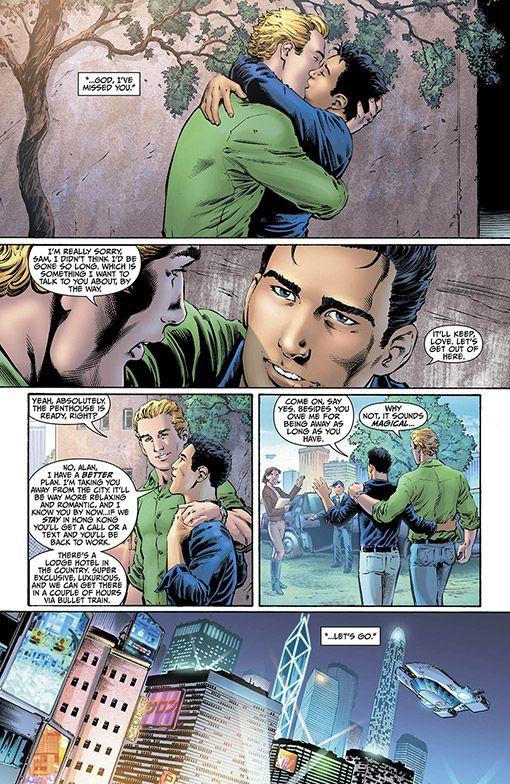Green Lantern comes out of the closet.Gay Superhero, Graphics Novels, Ryan Reynolds, Trav'Lin Lights, L'Wren Scott, Dc Comics, Green Lanterns, Alan Scott, Boyfriends