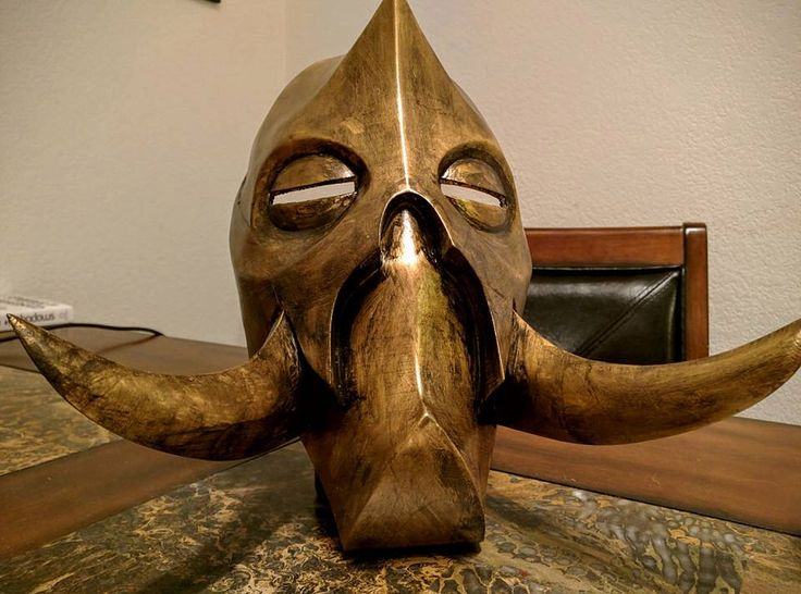 Skyrim Mask, Konahrik, Dragon Priest, Cosplay, 3D printed and hand painted by HappyMaskProps on Etsy https://www.etsy.com/listing/261622025/skyrim-mask-konahrik-dragon-priest