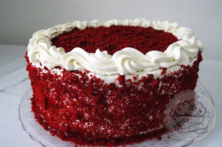 Red Velvet Cake Design Ideas : 92 best images about Things we make and bake at Lara Stolf ...