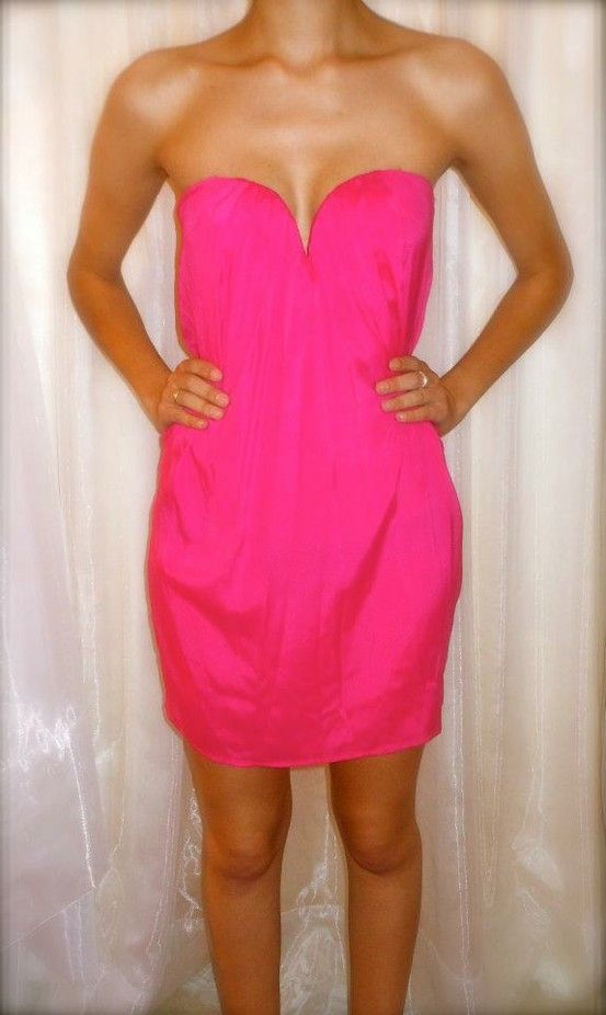 pretty pretty: Pink Summer, Summer Dresses, Hotpink, Dreams Closet, Pink Dresses, Colors, Hot Pink, Sweetheart Neckline, Belts