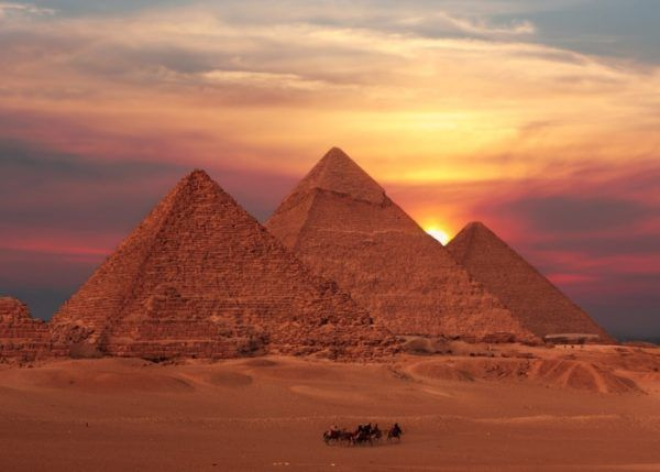 Ms de 25 ideas increbles sobre Pirmides de egipto en Pinterest