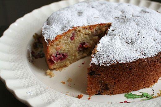 Almond apricot raspberry cake | Health and abundance | mindbodygold.com