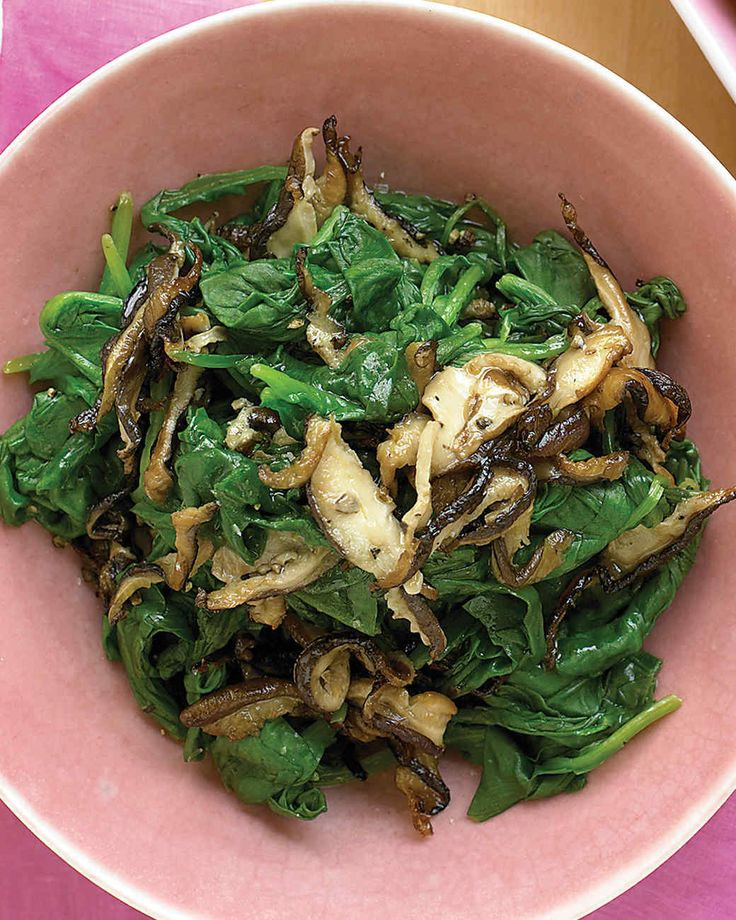This is a very healthy saute of spinach and shiitake mushrooms, which are high in copper, an under-appreciated nutrient.