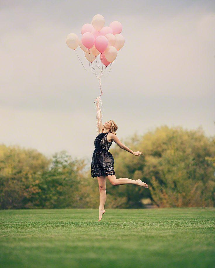 Как сделать фото м шарикам в прыжке