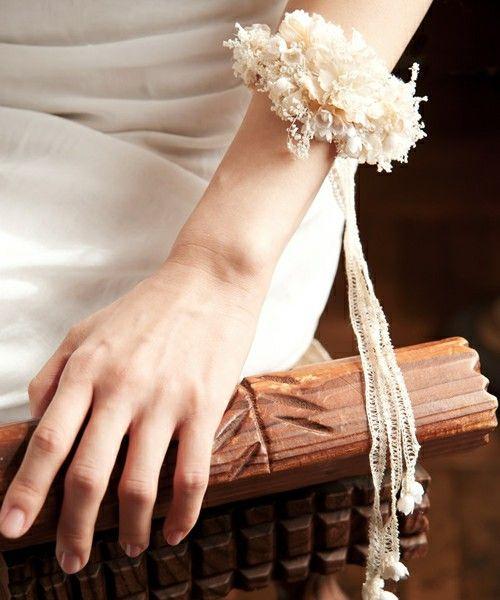 ⑩バングルです/wedding(ウェディング)のパールとかすみ草のバングル*(バングル/リストバンド) ホワイト
