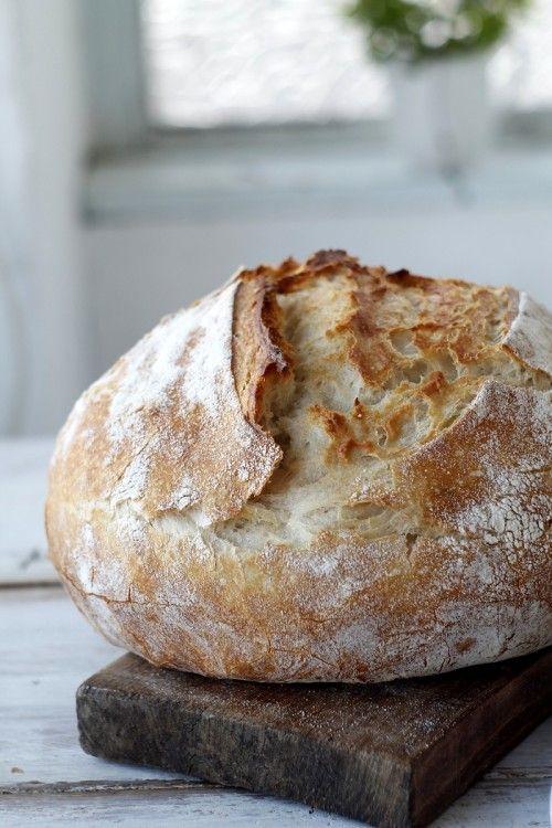 Burgonyás kenyér kenyérmaggal sütve