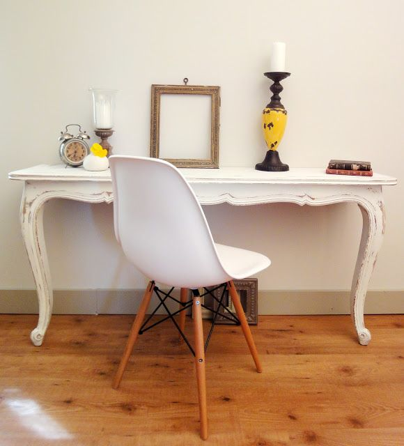 Have an old dining room table? Read this to find out how to make two beautiful console tables.