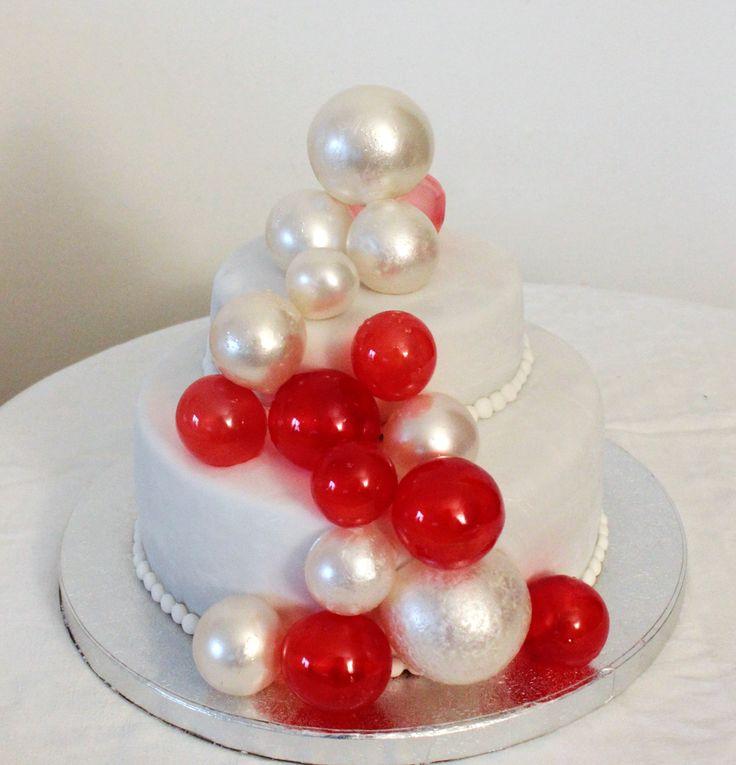 Oltre 25 fantastiche idee su torte di compleanno a piani for Piani di cabina di base di base