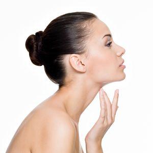 Como acabar com a papada sem cirurgia ?  http://www.aprendizdecabeleireira.com/2013/07/como-acabar-com-papada-sem-cirurgia.html