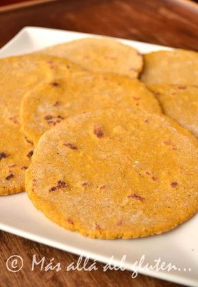 Más allá del gluten...: Arepas de Calabaza (Receta GFCFSF, Vegana)