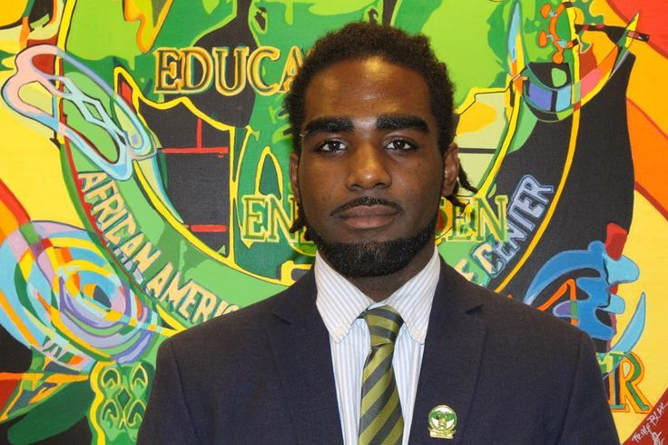 Pictured here is scholar Jonathan Riley of Chicago State University!  The African Diaspora Alliance will be leading a group of young men from CSUs @aamrcxtembo to Havana Cuba during their spring break this coming March 2018.  If you would like to donate to support their efforts please email us at ADA@THEAFRICANDIASPORAALLIANCE.ORG  Email/DM us to learn more about bringing our study abroad opportunities to your campus!  #peace #abundance #ada #men #black #chicago #havana #cuba #diaspora…