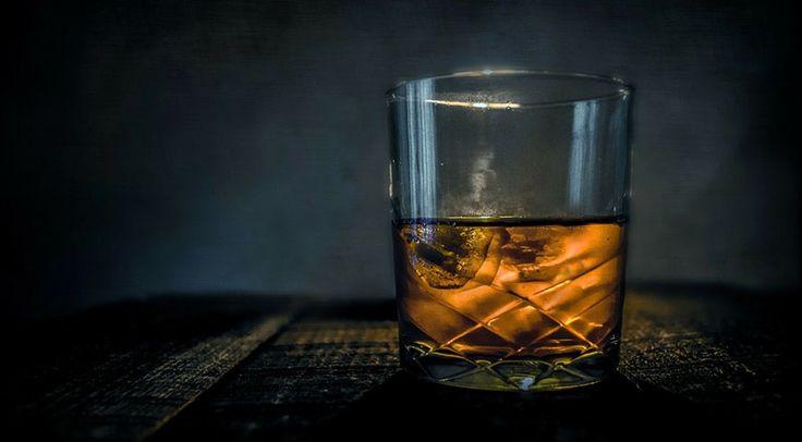 Vind je het lastig om een keuze te maken tussen al die verschillende whisky's? Wij geven je graag 5 goede whiskysuggesties om de keuze makkelijker te maken.