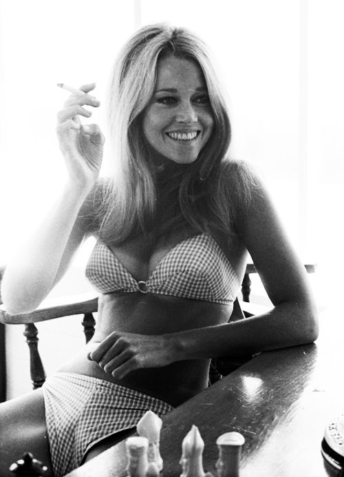 Jane Fonda photographed by Milton Greene, 1965. I have recently come to dig her as the smaller-haired Bardot.
