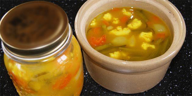 Opbevar dine hjemmesyltede pickles på glas.