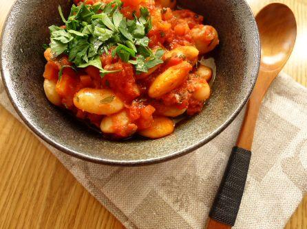 fazole pečené v rajčatové omáčce
