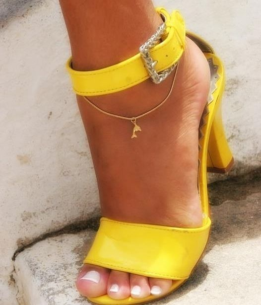 I could rock these down the yellow brick road, screw rubble red slippers