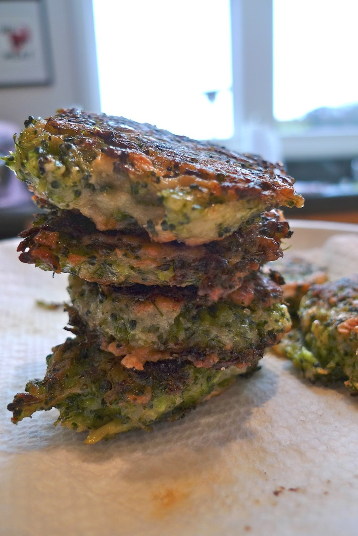 """Broccoli Parmesan Fritters-maybe morph these into """"burgers"""" with ..."""