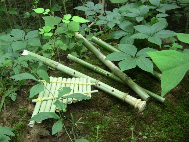 Instructions to make bamboo flutes, including shinobue (fue)