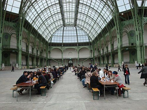 Rirkrit Tiravanija Soup/No Soup performance at the Grand Palais in Paris #nyuisva