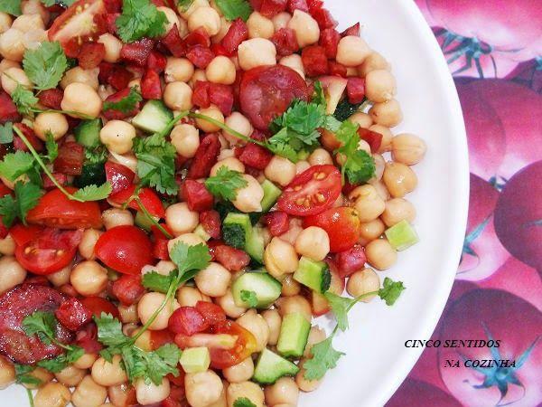 Cinco sentidos na cozinha: Saladinha de grão com chouriço