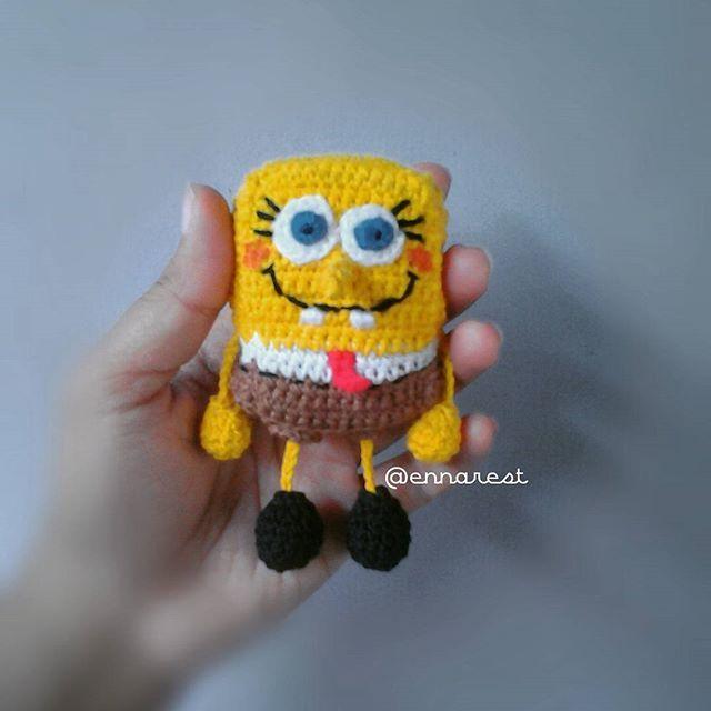 #spongebob #amigurumi #spongebobsquarepants #keychain #crochet #handmade #yellow #rajut #bonekarajut #kuning