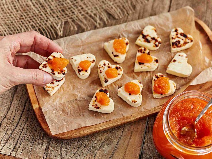 Porkkanasta saa maukkaan hillokkeen. Tarjoa sitä leipäjuuston kanssa.