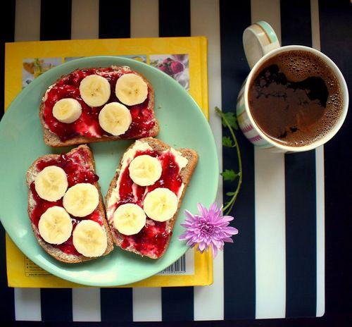 Ce să mănânci la micul dejun pentru a slăbi: 10 idei
