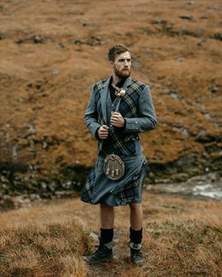 <3 You'd look like such a numpty. | 22 Photos That Prove Men Should Never, Ever Wear Kilts