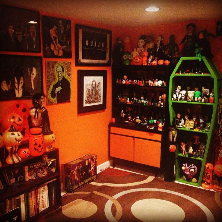 Best 20+ Horror Decor Ideas On Pinterest
