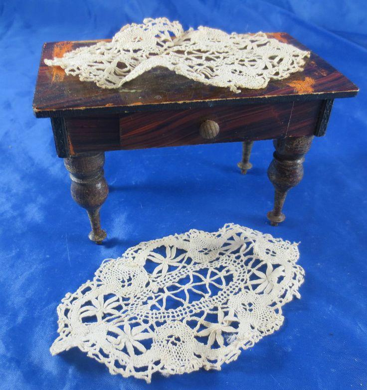 Uralt Tisch Esstisch Säulenbeine Gründerzeit um 1850 Puppenstube Puppenhaus  | eBay