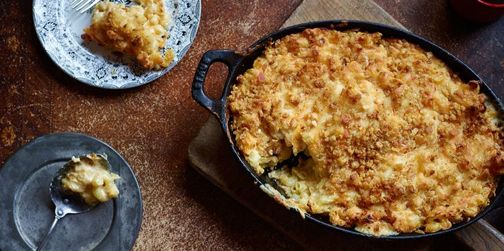 National Cheese Lovers Day has arrived! And @sargentocheese's Cheese Lovers' Mac & Cheese recipe doesn't skimp on melty, gooey goodness!