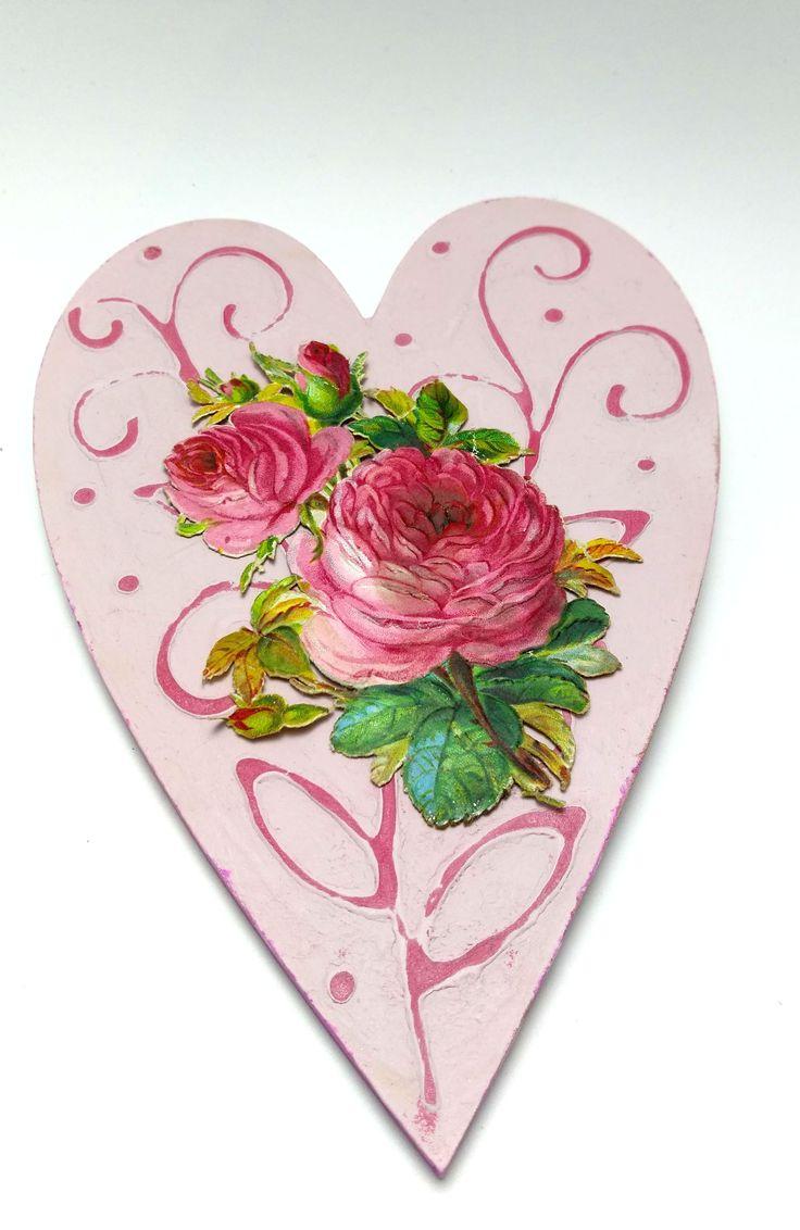 Vintage hearts - vytvořený Dekor paint soft a pearl pen.