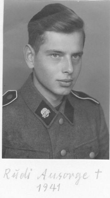 """Soldier """"SS-Kradschützen-Bataillon """"Das Reich"""""""