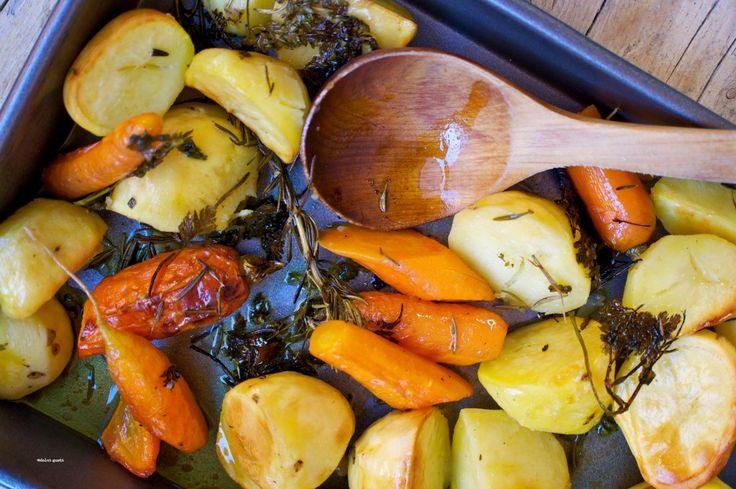 patate e carote al forno, di Jamie Oliver