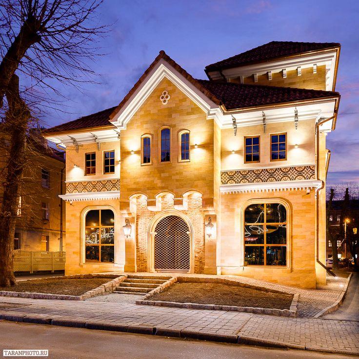 Фотосъемка подсветки экстерьера. Калининград, ул. Пугачева.