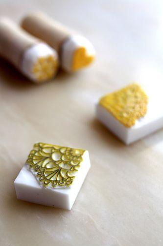 Sello de encaje hecho en goma de borrar   -   Lace stamp eraser made