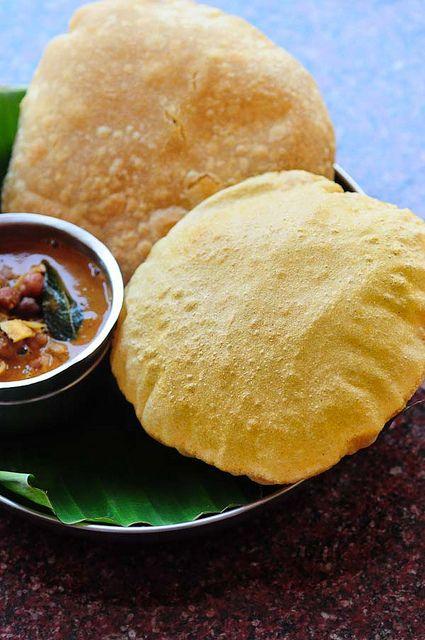 Corn Poori Recipe - Puri with Corn Flour - Easy Indian Breakfast Recipes