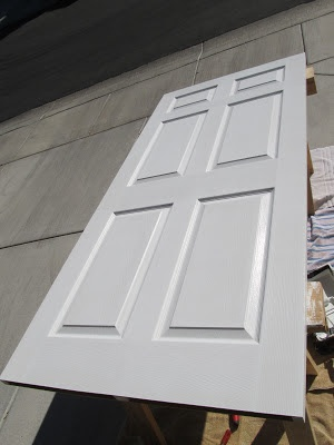 DIY Mamas: How to Paint a Door and get Professional Results! {In 6 easy steps!}