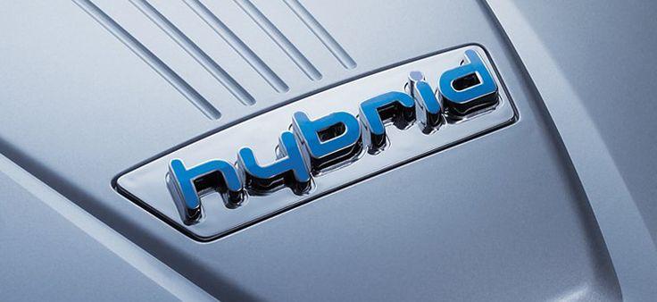 2014_Hyundai_Sonata_Hybrid_18.jpg