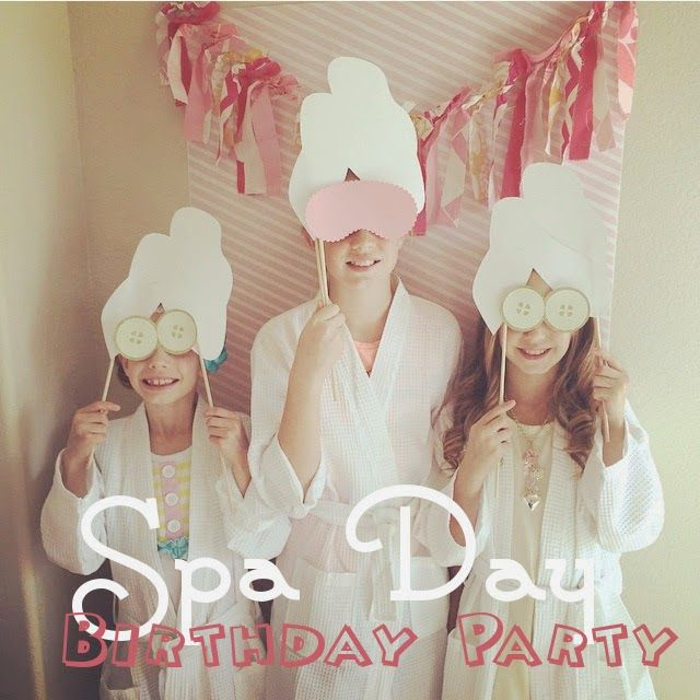 Love love love a spa theme for a girls party. All girls would enjoy it, and it's easy to see why. Pamper the girls for their birthday!!
