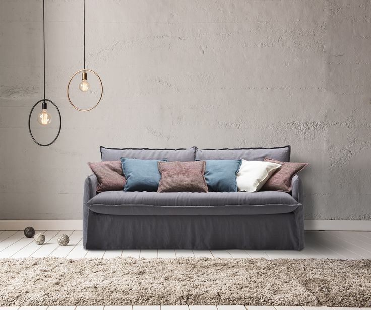 Sitting or sleeping has never been more comfortable with the CLARKE: a large choice of different 14 or 18 cm thick mattresses, beautiful design and extreme seating comfort. The cover is soft and informal; the result is a lived-in look.