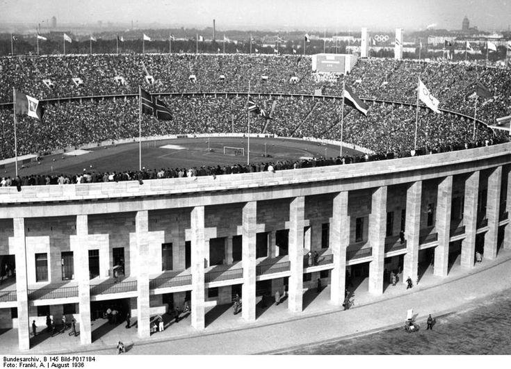 Reichssportfeld am 1.August 1936