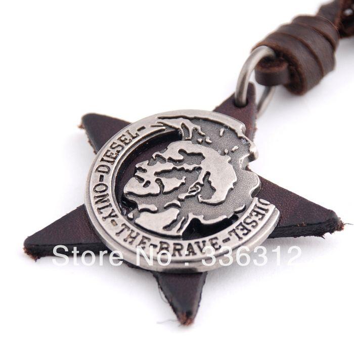 LEA111250 мужские уникальный полиции бренд значок Подлинная Коричневая кожа Веревка кулон ожерелье 245,47