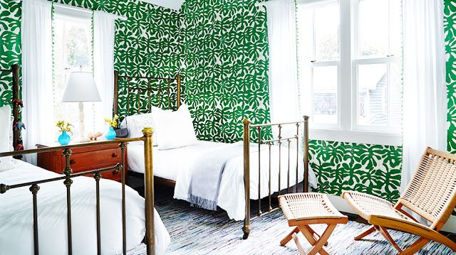 Green wallpaper in little havana by paper mills and brass for Green bedroom wallpaper