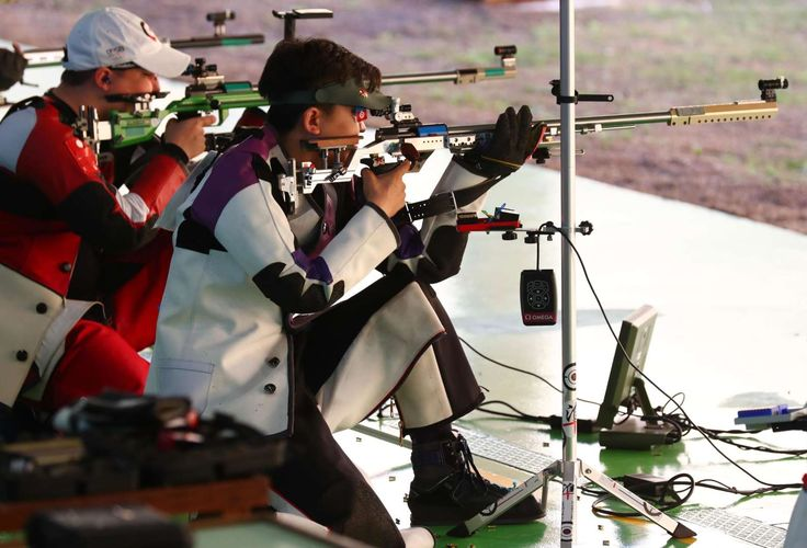 Best images from Aug. 14 at the Rio Olympics:      Competitors shoot during men's 50-meter rifle 3 positions qualifications in the Rio 2016 Summer Olympic Games at Olympic Shooting Centre.