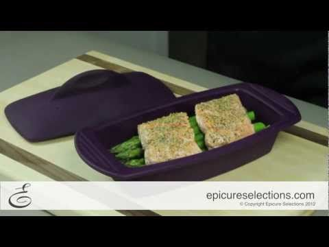 Make light and healthy Steamed Salmon and Asparagus. Using Epicure's Silicone Steamers it's easy to create the perfect meal for two in the microwave in less than 10 minutes!