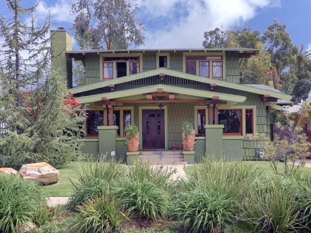Craftsman Curb Appeal: Paint With Pops Of Color