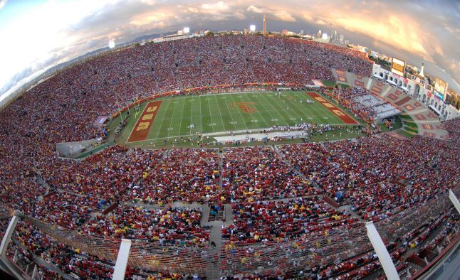 The 2015-2016 USC Trojans College Football Betting Schedule Analysis