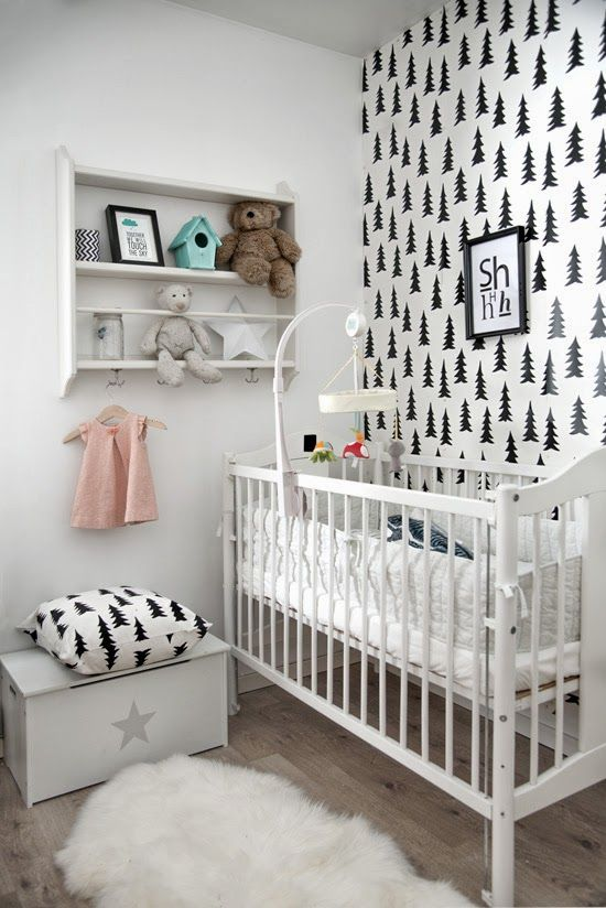 Black and White Nursery Fairy Nuf: barnerom
