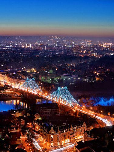 """""""Blue Wonder"""" Loschwitz Bridge over the Elbe River connecting Blasewitz and Loschwitz ~ Dresden, Germany"""
